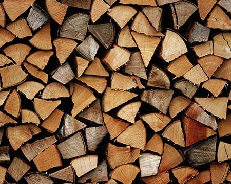 How to identify the best quality firewood and wood pellets